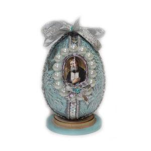 Яйцо пасхальное ручной работы, с ликом ПРЕП. СЕРАФИМА САРОВСКОГО